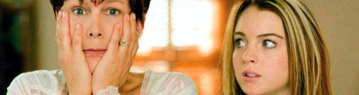 Jamie Lee Curtis e Linday Lohan em Sexta-feira Muito Louca (Freaky Friday, 2003). Quando as mães se colocam não lugar das filhas.  Literalmente