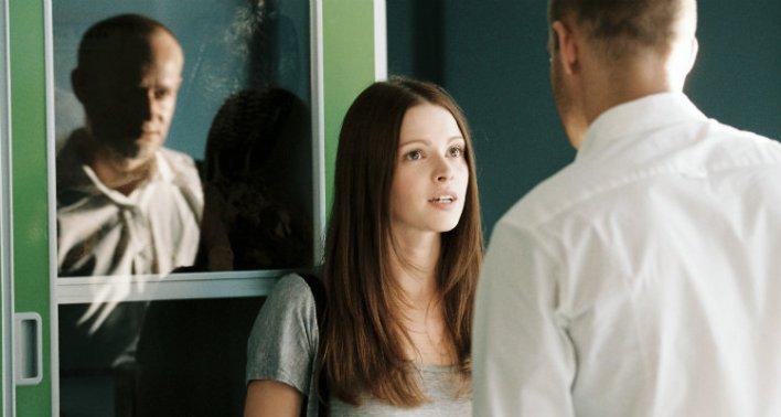 Jennifer Ulrich e Jürgen Vogel em A Onda (Die Welle, 2008)