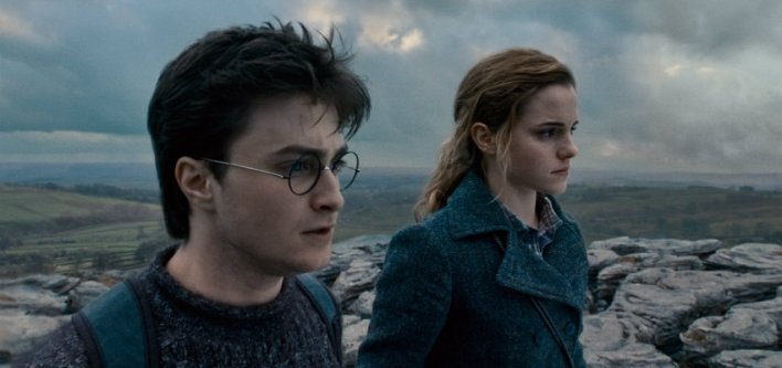 Daniel Radcliffe e Emma Watson em Harry Potter e as Relíquias da Morte: Parte 1