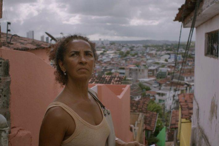 Luciana Souza em Inabitável