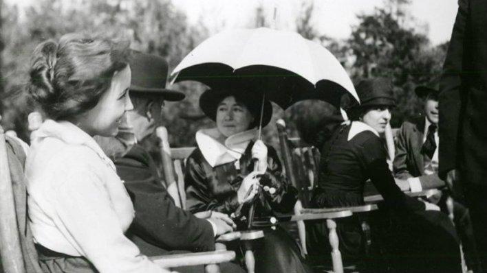 Be Natural: A História Não Contada da Primeira Cineasta do Mundo