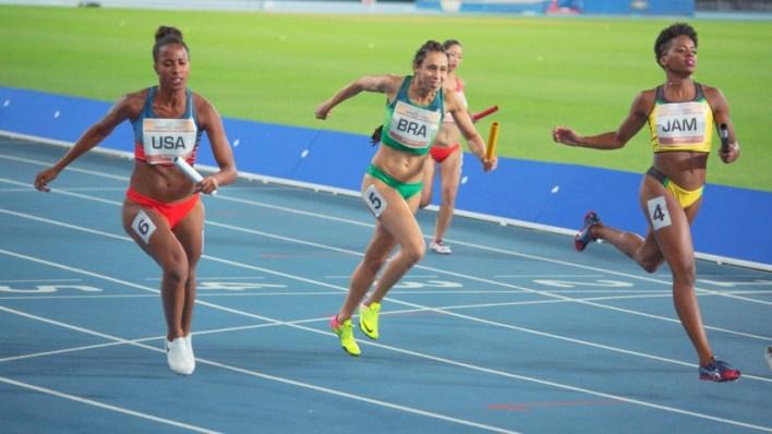 4x100: Correndo por um Sonho