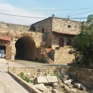 Byblos Kale Önü