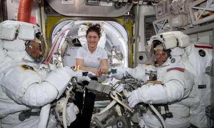 Pas assez de combinaisons taille «M»: la NASA annule une sortie spatiale