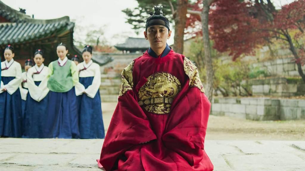 Screenshot of Crown Prince Lee Chang in Kingdom Season 1