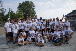 The family of the late Christopher Kelly participates at the Terry Fox Run at Woodbine Beach in Toronto. (Joseph Burrell photo)