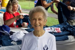 Doris Spencer, 92, completes Terry Fox Run at Scarborough's Cedar Brook Park in memory of her three children. (Rhianne Campbell Photo)