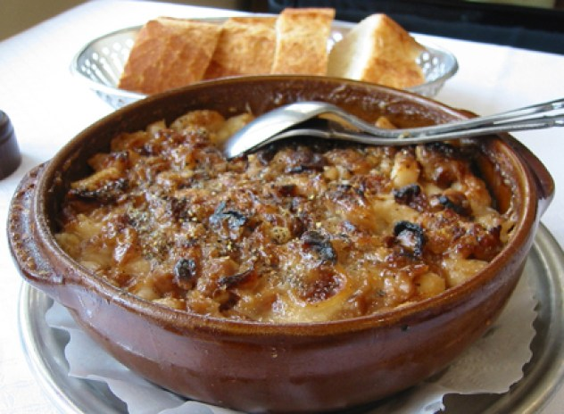 cassoulet a table