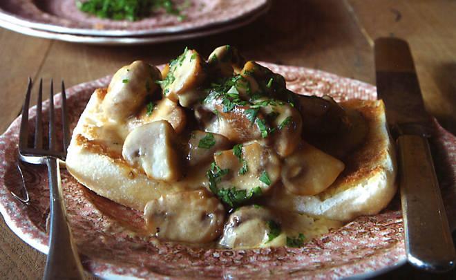 Recipe_Creamed_Mushrooms_HomeMedium