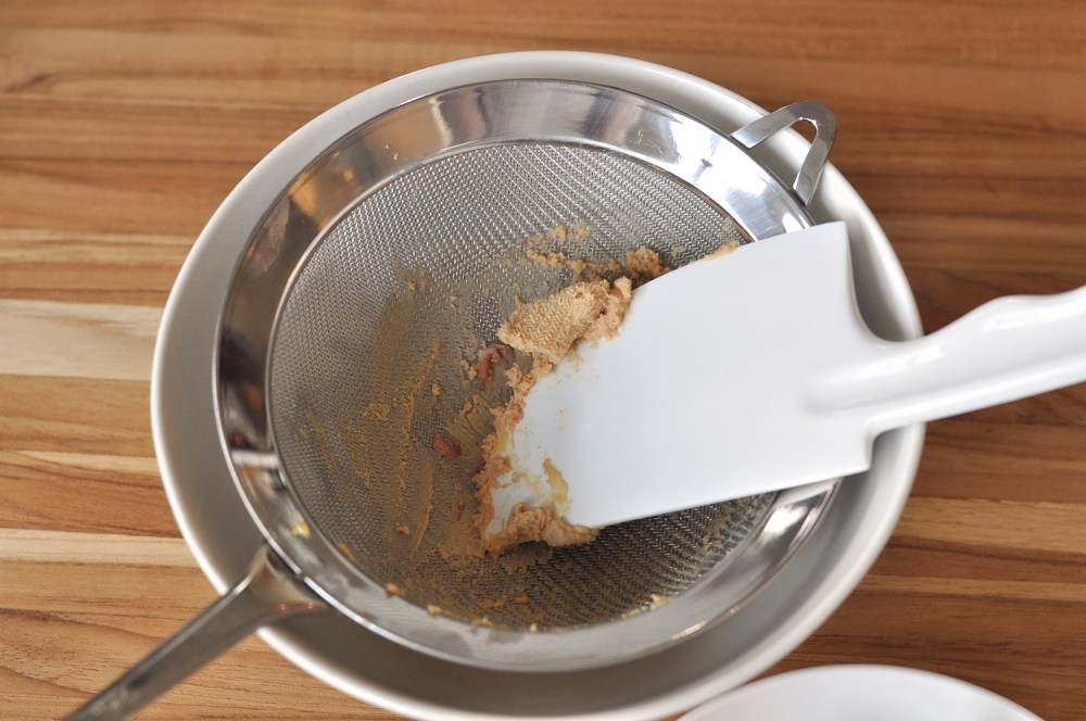 pressing-foie-through-strainer-step-2