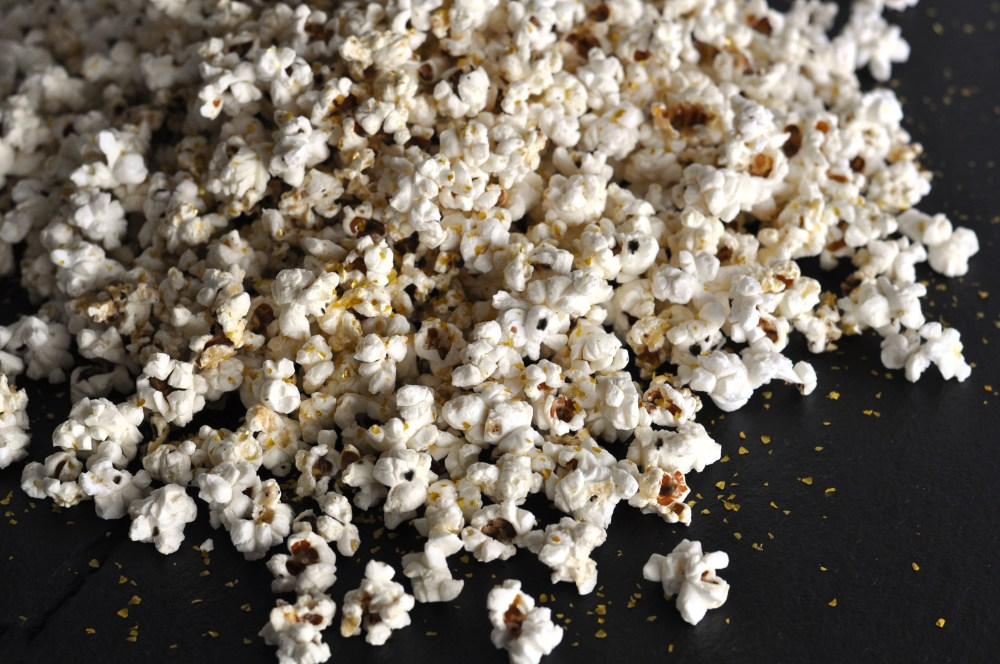 truffle-butter-popcorn-with-glitter