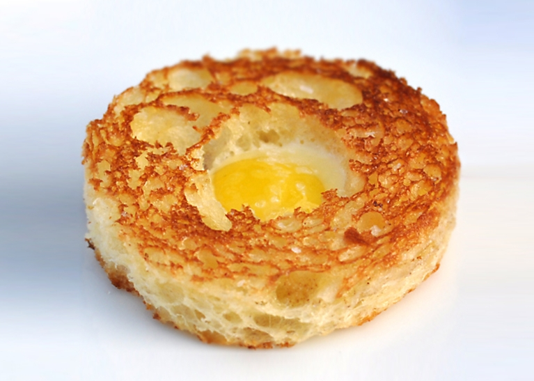 truffled-quail-egg-brioche-toasts-recipe