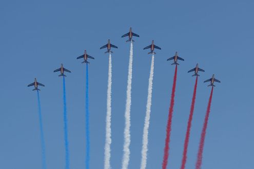 Fly-past_Bastille_Day_2013_Paris_t104027