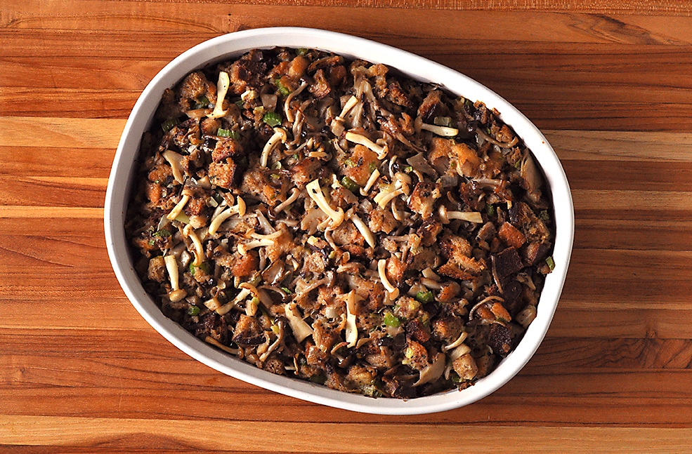 thanksgiving-mushroom-dressing-recipe.jpg