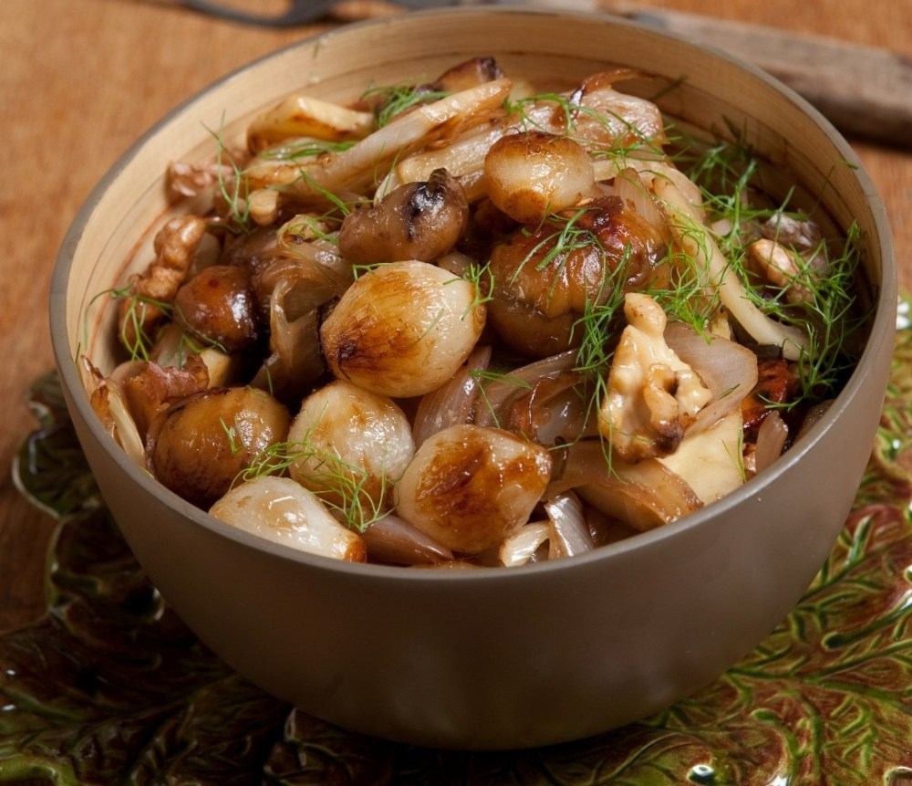 confit-of-fresh-chestnuts-walnuts-fennel-and-onions-ta-11-10-10_51.jpg