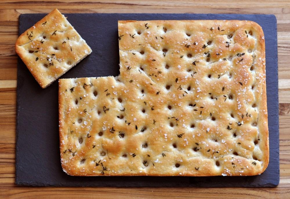 Focaccia with slice