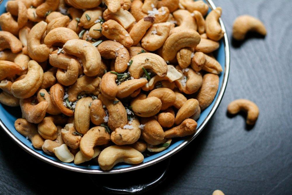 Bowl of Cashews jenn-kosar-437311-unsplash.jpg