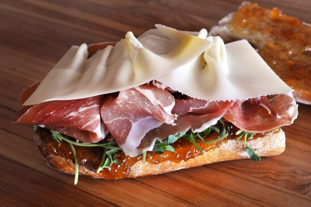 prosciutto-fig-fontina-sandwich-recipe SM
