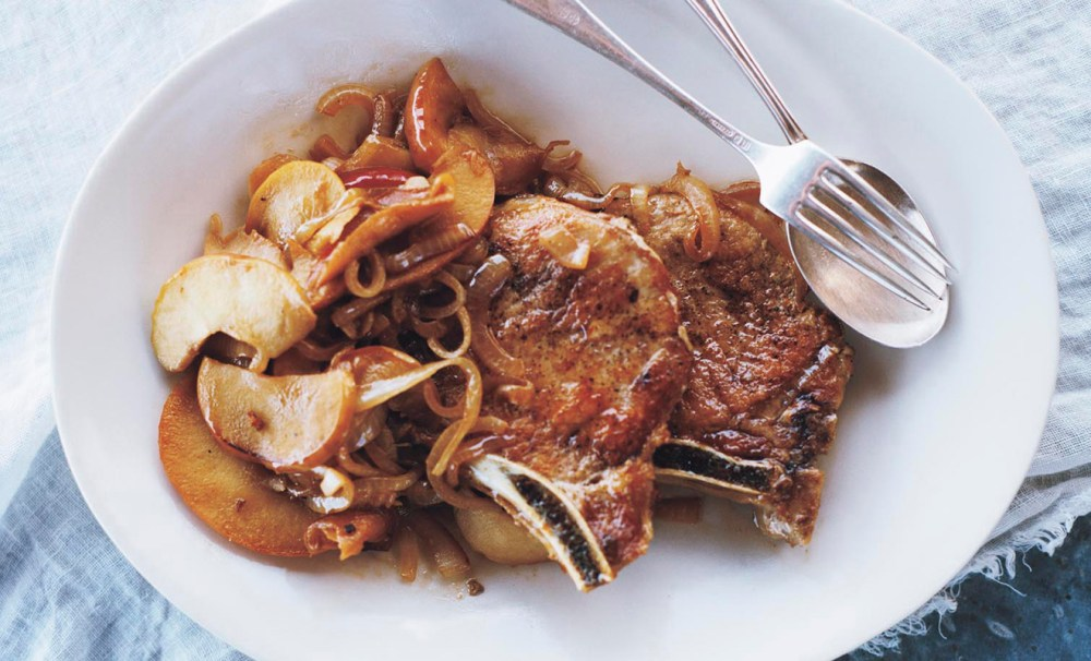 pork-chops-with-apples-and-onions-recipe