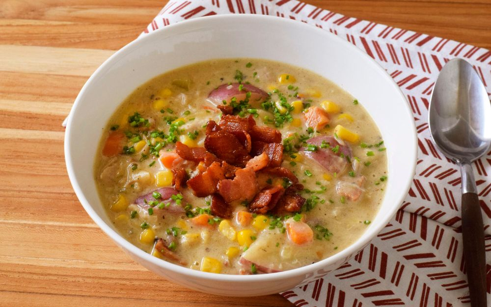 chicken-corn-chowder-with-bacon-recipe.jpg