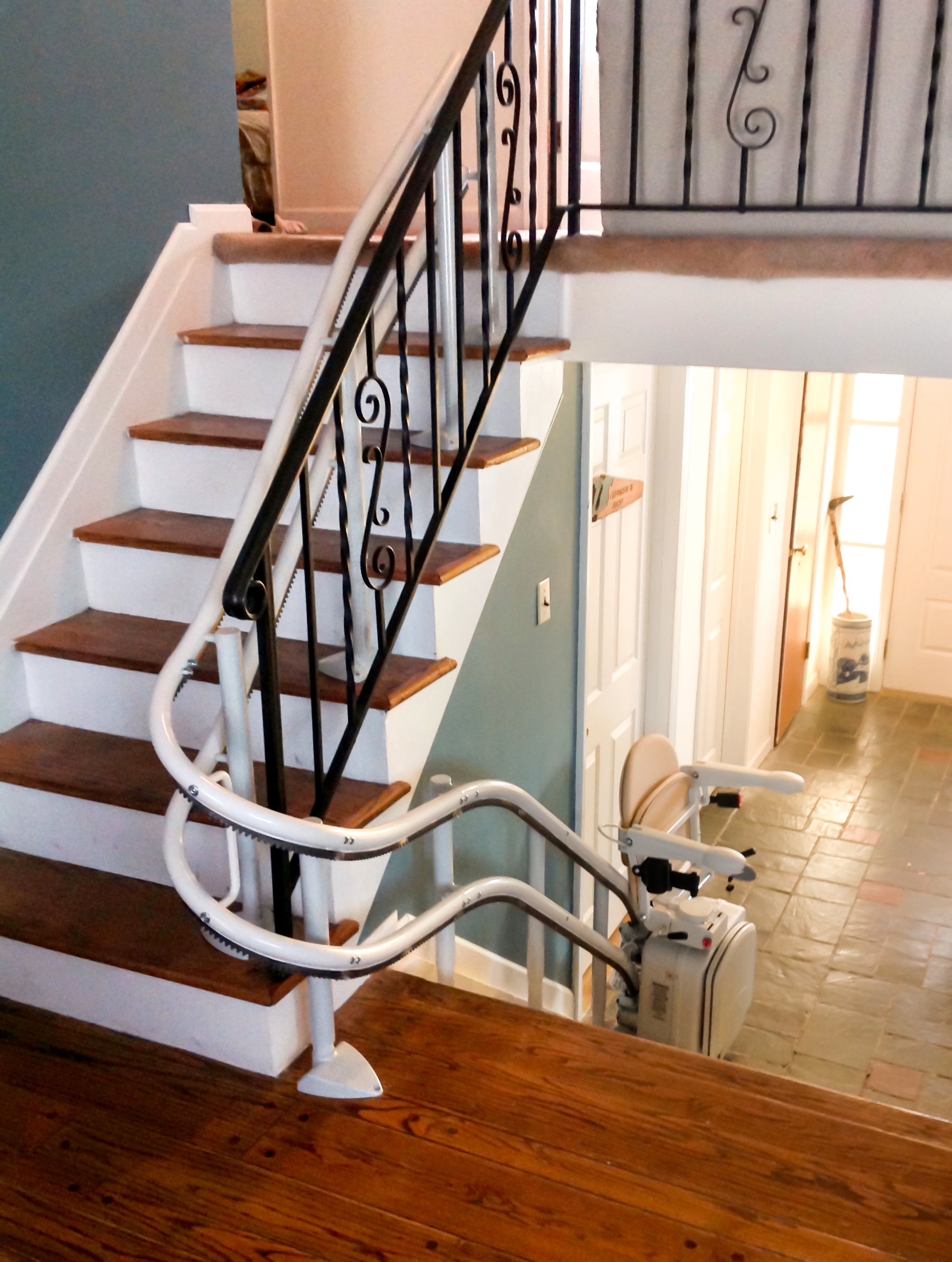 Curved Rail Stair Lifts Stairlift For Curved Stairs Centerspan | Stair Rails For Elderly | Porch | Stair Climbing | Stainless Steel | Stair Climber | Cmmc Handrail
