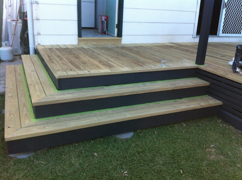 wrap around stairs risers & slats painted