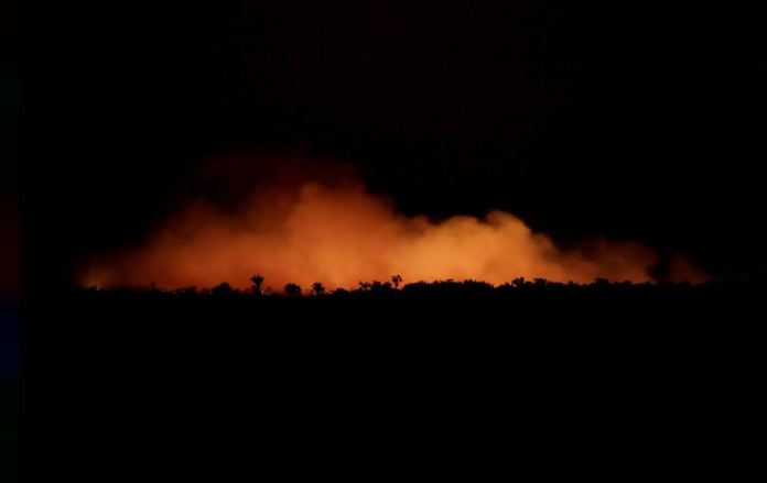 Amazônia queimando