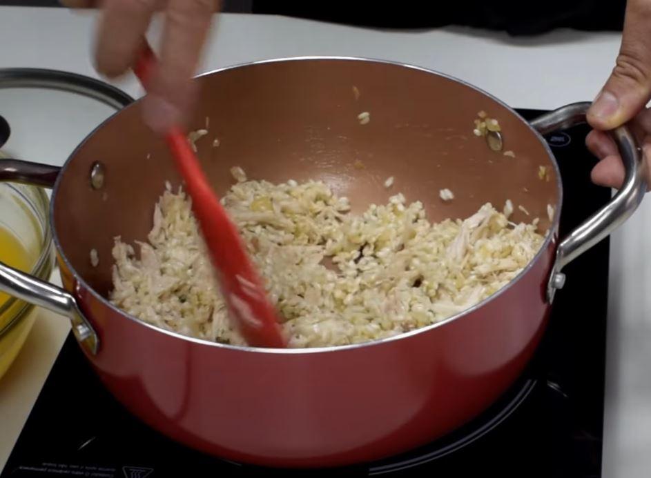 frango desfiado no risoto