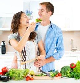 Happy Kitchen Fotolia 61536867 XS
