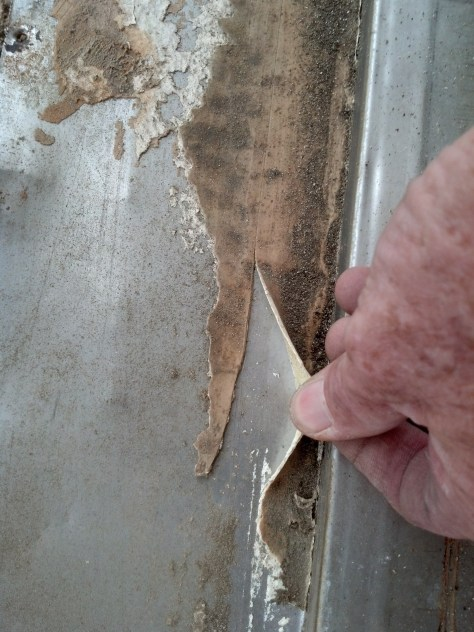 Urethane peels right off unprimed stainless steel flashing.