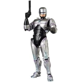 Mafex-Robocop-4-600x600