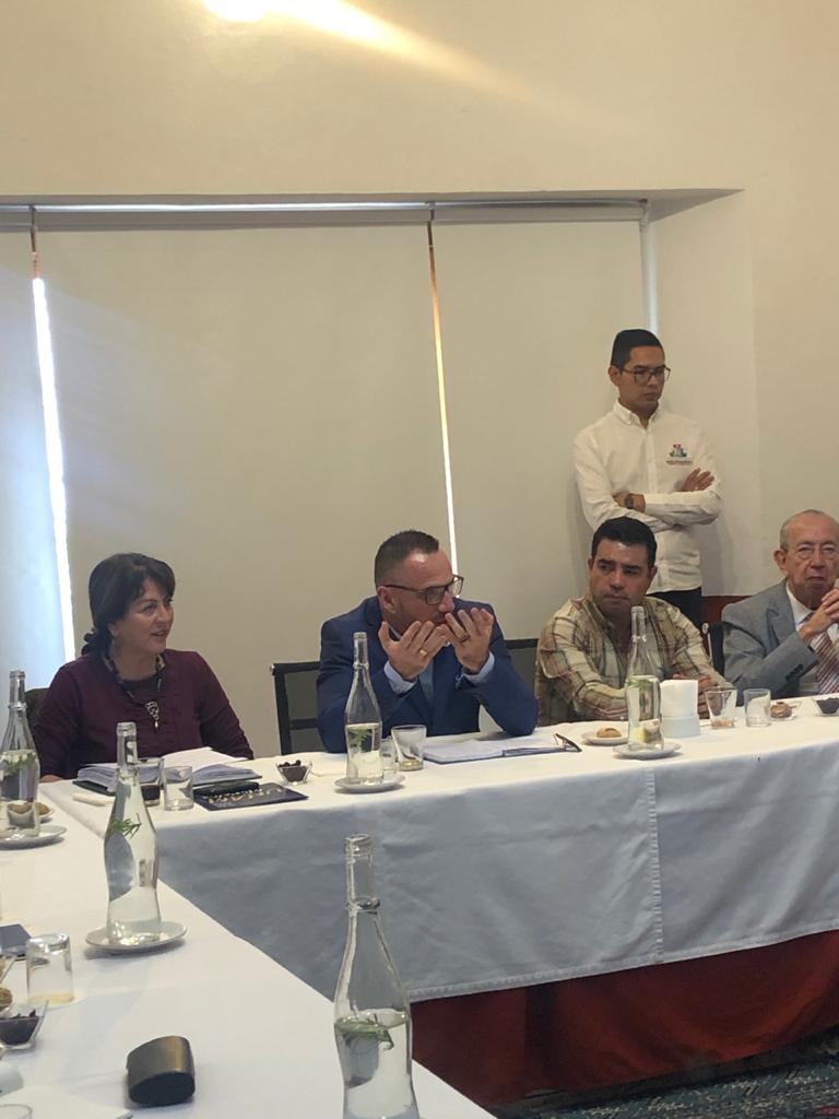 Se reúne José Casas con el representante de la Unesco en México 01