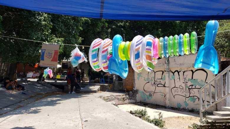 Renta albercas inflables junto a un apantle en Cuernavaca