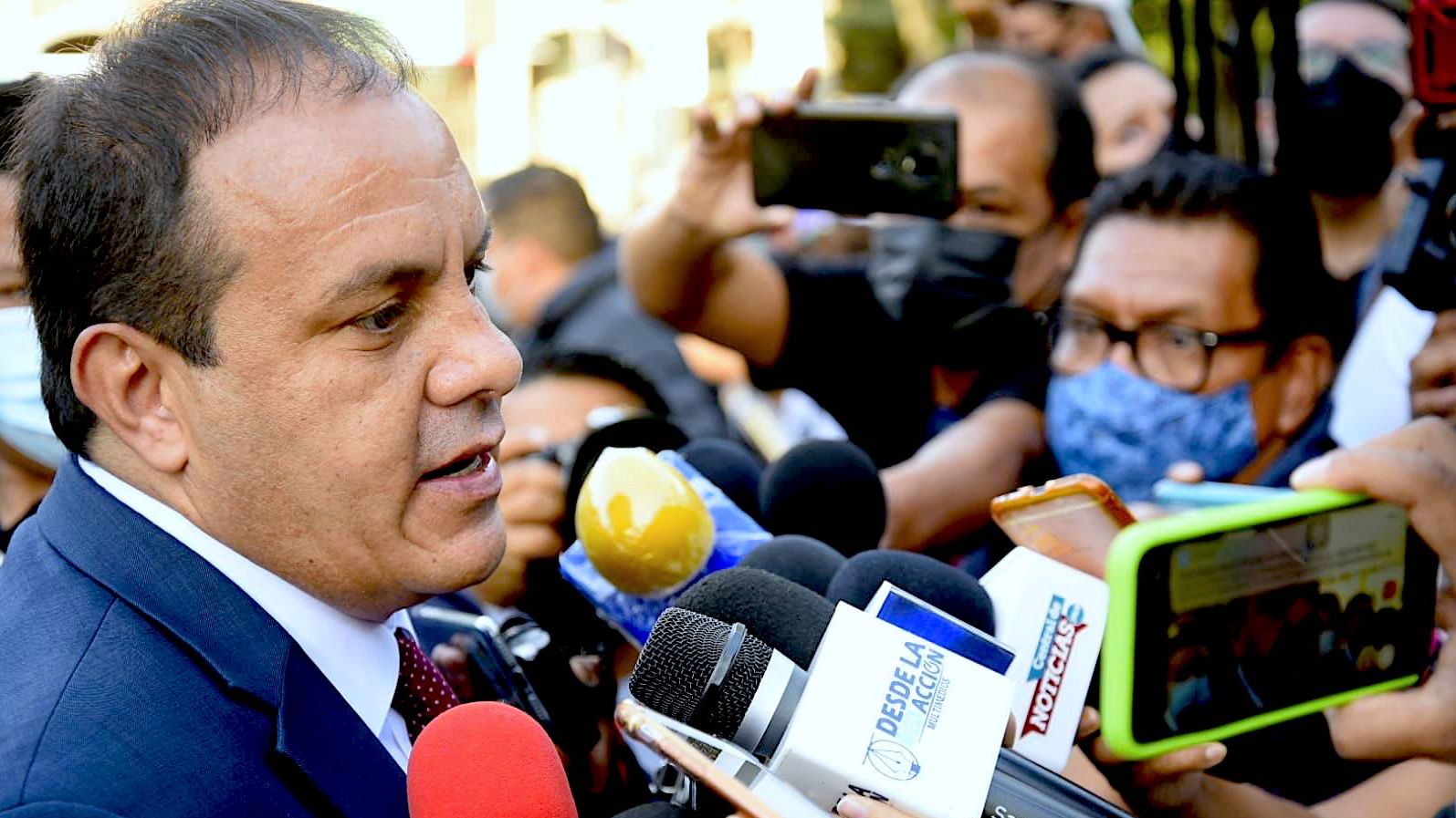 Cuauhtémoc Blanco en entrevista con reporteros