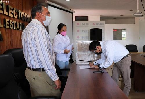 Recibieron Juntas Distritales del INE Tlaxcala el Listado Nominal para Consulta Popular - Central Electoral