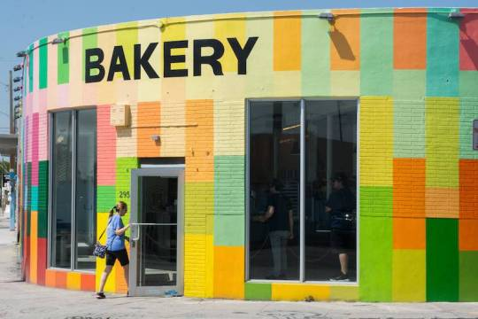 Keto Bakery in Orlando Florida street view