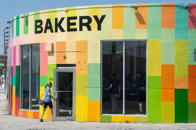 Keto Bakery in Orlando Florida street view