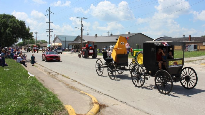 Two good reasons to head to Amish Country this holiday weekend