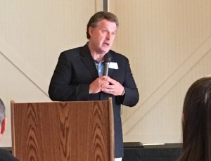 Longtime WCHM-TV news anchor Cabot Rea accepts his Lifetime Achievement Award from the Central Ohio SPJ Wednesday evening, April 20.