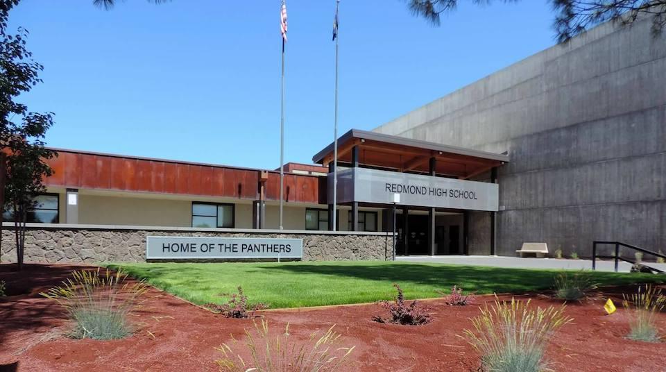 Oregon Redmond Evergreen School