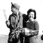 Fumi Tamagi (nee Moriyama) and three others picking sugar beets in Shaughnessy, Alberta, ca. 1943 NNM 2000.15.3