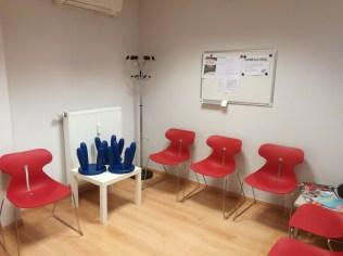 salle d'attente (adaptée aux enfants)