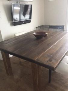 table sur mesure en pin