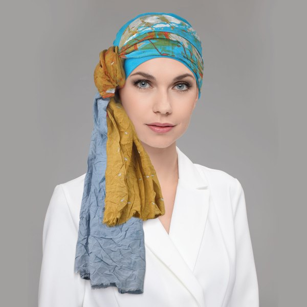 Toga - Foulard chimio Joceli de la collection Ellen's Headwear.