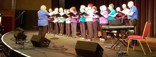 DW16 Gala - Carefree Chorus