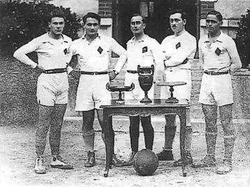 Loiret-Abeille-de-Gien-1930