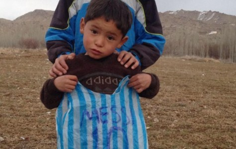 The Afghani Boy Who Went Viral Is Now Being Hunted By The Taliban
