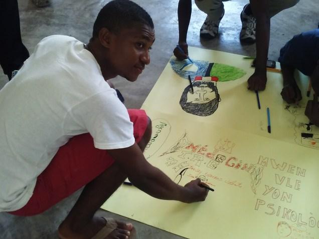 S. Santa Haití. (13)