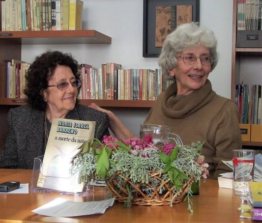 """Isabel Barreno num evento promovido pela UMAR de revisitação do seu livro """"A Morte da Mãe"""" no Centro de Cultura e Intervenção Feminista (CCIF/UMAR) a 13 de Abril de 2012. Foto de Almerinda Bento"""