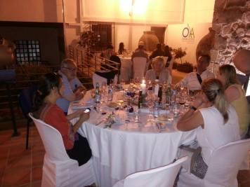 Agentes cenando
